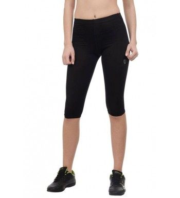 ARMR Women BLACK SKYN 3/4th Capris